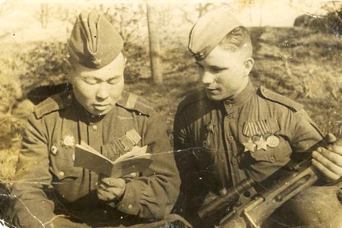 Тематическая подборка: Книги, изданные в Якутии в годы Великой Отечественной войны